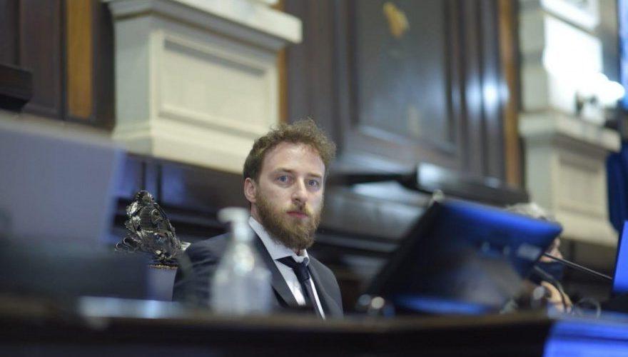 Otermín repudió la «actitud mezquina y oportunista» del Bloque Cambiemos en Diputados bonaerenses por no tratar la ley de financiamiento