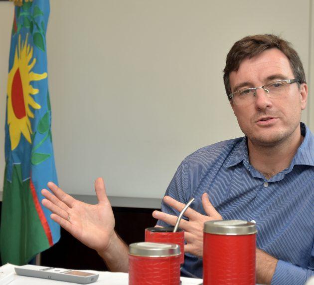 Lucas Ghi decidió no empezar a aplicar la Tasa Vial en Morón para que no aumenten los precios de combustibles