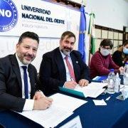 Firma de Convenio entre la UNO y PAMI para la creación de talleres educativos para sus afiliados de todo el país