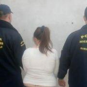 Atrocidad en Moreno: padrastro violaba a la hija de su pareja, mientras ella, la madre, lo filmaba