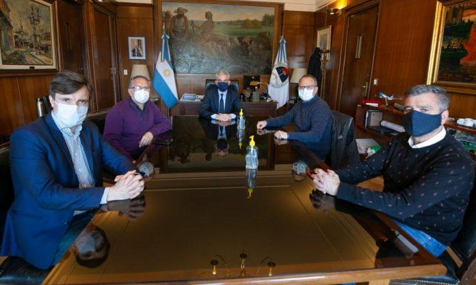 Intendentes del Oeste bonaerense se reunieron con el ministro de Transporte: Confirman la continuidad del aeropuerto de El Palomar