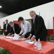 Acuerdo de Morón y la UNAHUR para que estudiantes realizen prácticas en la Universidad de Gestión Comunitaria N°6