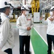 Importante visita del Embajador de Japón Takahiro Nakamae a la planta de Córdoba de Nissan